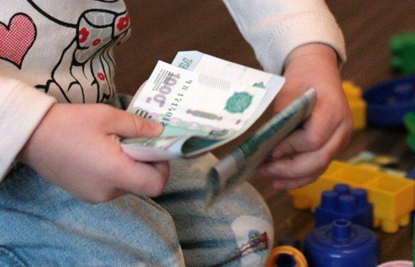 При разводе сколько платить алименты на одного ребенка